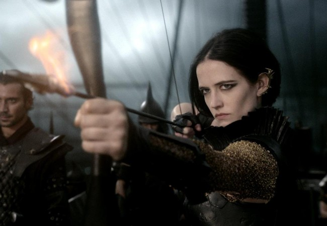 300_rise_of_an_empire_eva_green-650x450