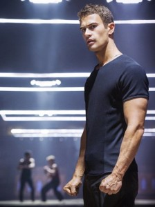 Theo James è Four in Divergent